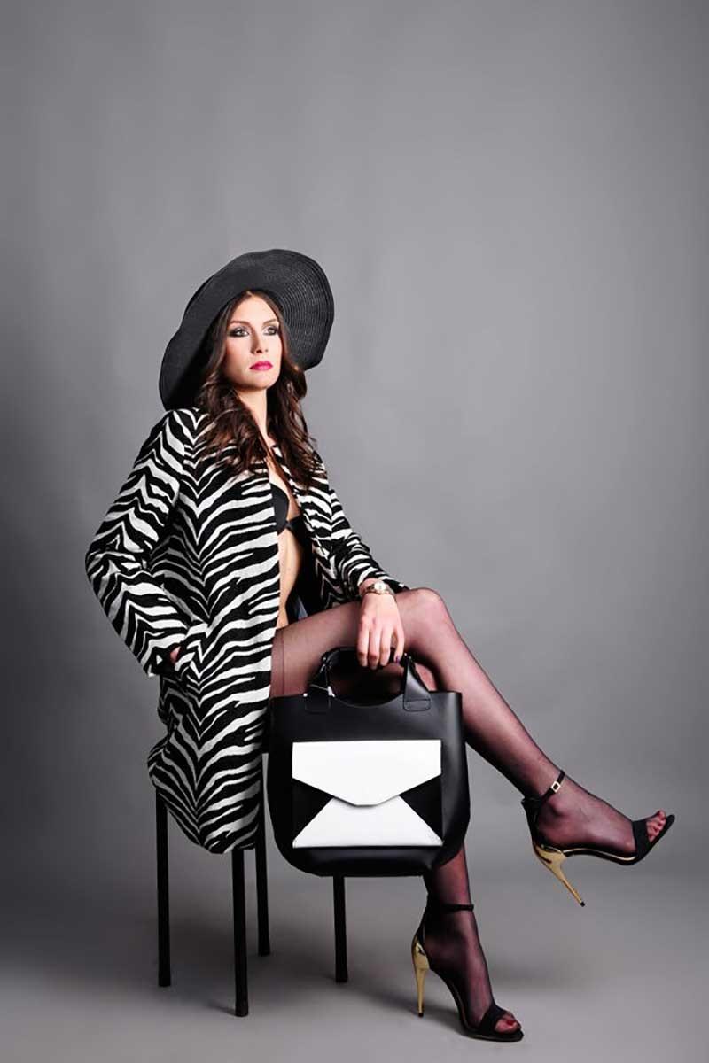 Maquillage et look : shooting photo magazine de mode.